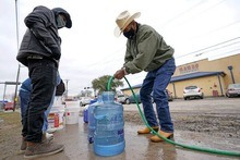 Texas lose water and power-pook